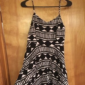 Old navy Tribal print summer dress!